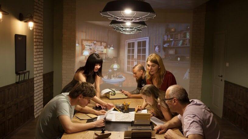 חדר בריחה 🏠 חדר בלשים 4