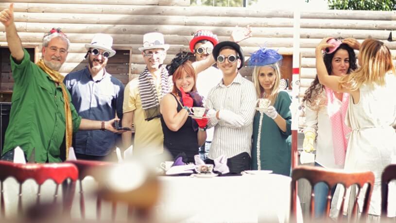 חדר בריחה מסיבת תה משוגעת 2