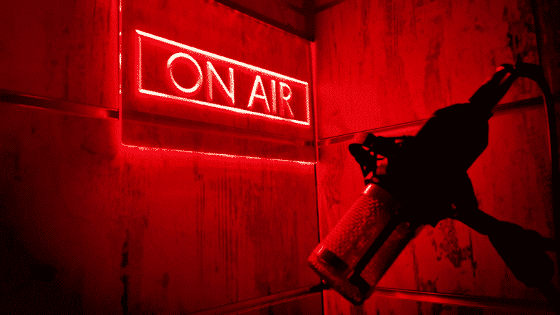 חדר בריחה בשידור 0